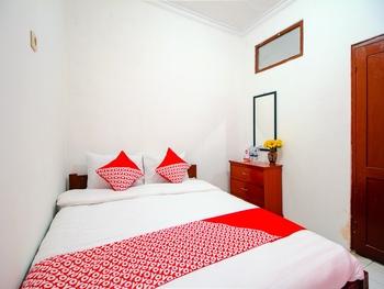 OYO 1788 House 24 Yogyakarta - Standard Double Room Regular Plan