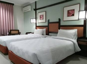 Hotel Sofia Juanda Surabaya Sidoarjo - Deluxe Twin bed Room Only Regular Plan