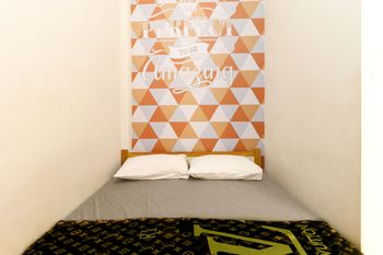 New Guesthouse Tatasurya Syariah Malang - Standard Room NR LM 3D - 25%