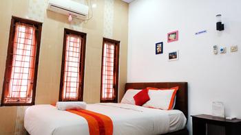 Simply Homy Guest House Monjali 1 Yogyakarta - House 3 Bedrooms Regular Plan