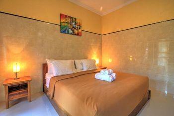 Sari Nadi Homestay Bali - Double Room with Terrace SCTV