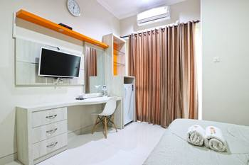 Velozip Homestay Surabaya - Deluxe Room Minimum Stay of 3 Nights Promotion