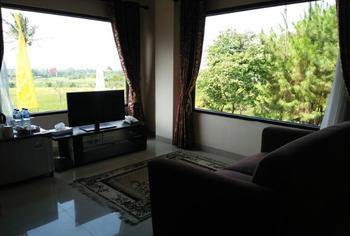 Resort Alamanda Garut - Suite  Acacia Building Gajian