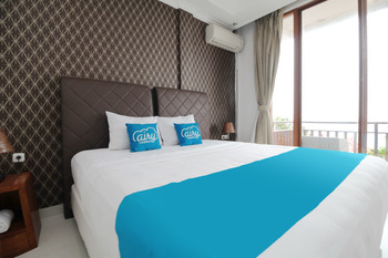Airy Buleleng Lovina Kubu Gembong 1 Singaraja Bali - Deluxe Seaview Double Room with Breakfast Special Promo July 42