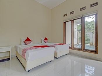 OYO 89997 Hotel Bumi Kedaton Waterpark Bandar Lampung - Deluxe Twin Room Regular Plan