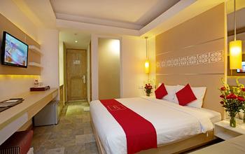 The Alea Hotel Seminyak - Deluxe Pool View With Breakfast Minimum stay 3 N