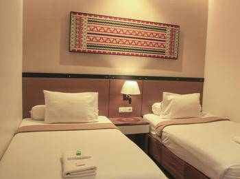 De Green City Hotel Bandar Lampung - Deluxe Room Regular Plan