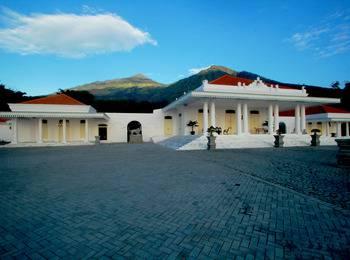 KALIANDRA Eco Resort & Organic Farm Pasuruan - Kolonial Room Regular Plan