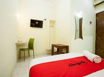 RedDoorz near Marvel City Mall Surabaya - RedDoorz Room with Breakfast Regular Plan