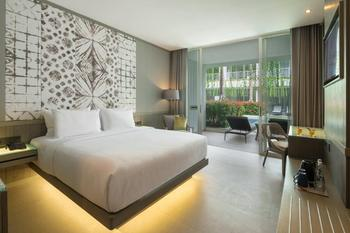 Kanvaz Village Resort Seminyak Bali - Lagoon Pool Access with Breakfast Best Deal Offer 20%