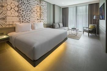 Kanvaz Village Resort Seminyak Bali - Lagoon Suite with Breakfast Best Deal Offer 20%