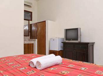 RedDoorz @Poppies Lane 1 Bali - RedDoorz Room Special Promo Gajian