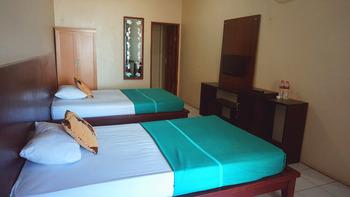 Krisna Beach Hotel 2 Pangandaran by CILAS Pangandaran - Standard Economy AC - Room Only Regular Plan
