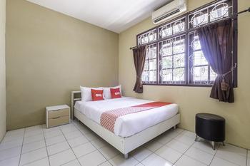 OYO 1568 Stasiun Ka Cirebon Guest House