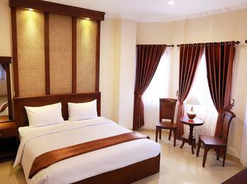 The Garden Suites Hotel Solo - Executive Room Only Regular Plan