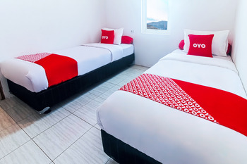 OYO 2699 Haven Boarding House Ambon - Standard Twin Room Regular Plan