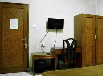 RedDoorz @Pelajar Pejuang 2 Bandung - RedDoorz Room Special Promo Gajian
