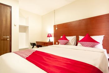 OYO Flagship 1481 Apartemen Sentraland Medan Medan - Suite Double Regular Plan