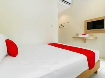 RedDoorz Plus at Slamet Riyadi Solo - RedDoorz Room Promosi Eksklusif