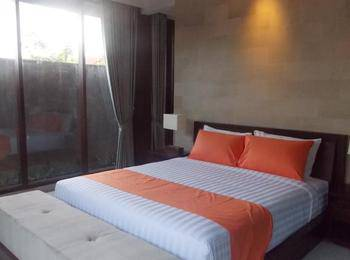 Asri Sari Villa Ubud - Deluxe Room With Pool View Save!!
