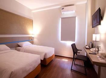 Sparks Lite Hotel Manado - Superior Room Regular Plan
