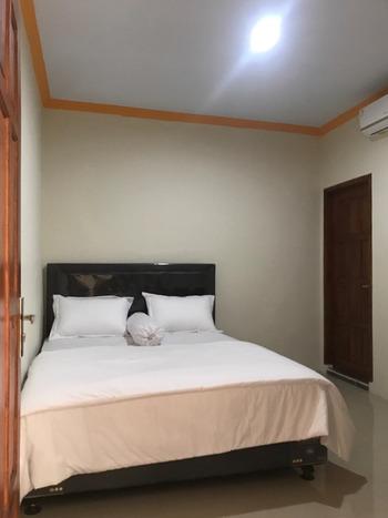 Griya Sofa Syariah Ambarrukmo Yogyakarta - Standard Room 24 Hours Deal
