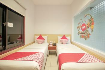 OYO 295 Grha Ciumbuleuit Guest House Bandung - Standard Twin Room Last Minute