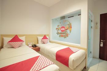OYO 295 Grha Ciumbuleuit Guest House Bandung - Standard Twin Room Regular Plan