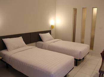 Hotel Koening Cirebon - Deluxe Twin Regular Plan