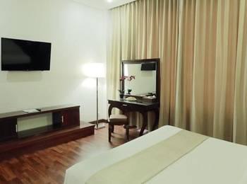Sutan Raja Palu Palu - Deluxe King Room Regular Plan