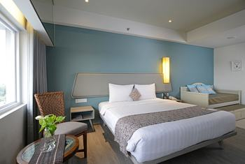 La Lisa Hotel Surabaya - Family Room  Today promo