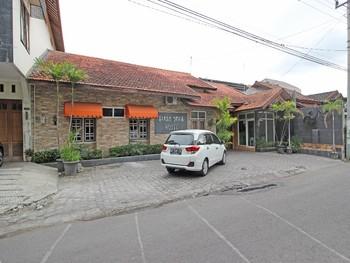 RedDoorz near Pojok Beteng Yogyakarta