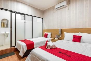 RedDoorz Syariah @ Danau Kerinci Sawojajar Malang - RedDoorz Family Room Last Minute Deal