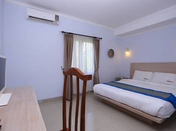 RedDoorz @Umalas Bali - RedDoorz Room Regular Plan