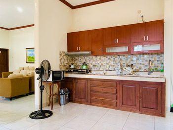 Villa Cabean Salatiga Salatiga - Studio Keluarga 3 Kamar Tidur Promo Liburan