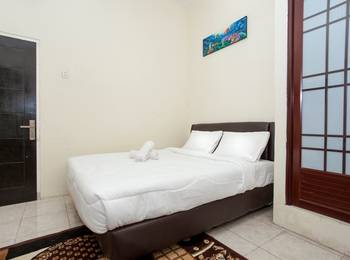 Mastrip Guesthouse Surabaya - Deluxe Room Regular Plan