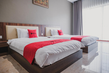 RedDoorz Premium @ Permata Baloi Green Batam - RedDoorz Twin Room Regular Plan
