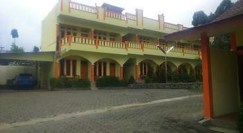 Pondok Winagung Hotel  Bandung - Deluxe Room Regular Plan