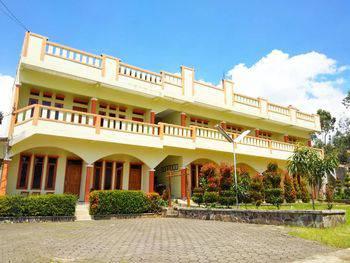 Pondok Winagung Hotel