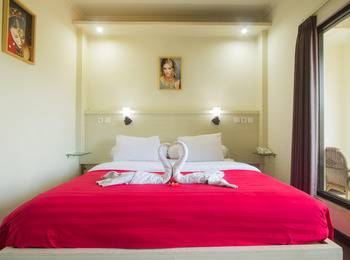 Maxi Hotel Kedonganan Bali - Deluxe Room Only Limited Promotion