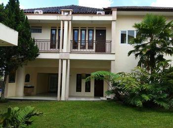 Villa Aleyra Garut - Villa 2 Rooms Regular Plan