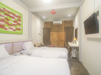 Kampung Lawasan Heritage Cottage Yogyakarta - Deluxe Twin room Regular Plan