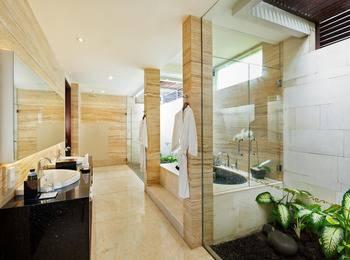 Seminyak Beach Resort Bali - One Bedroom Garden Pool Villa Last Minute 5% Off