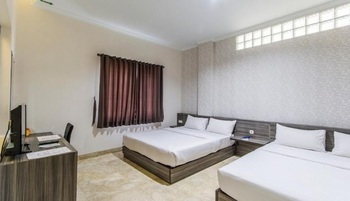 Tulip Guest House Bandung Bandung - Deluxe Plus Room Only Regular Plan