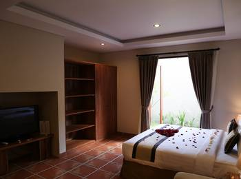 Grand Kesambi Resort and Villa Bali - PEGIPEGI DINNER PACKAGES Regular Plan