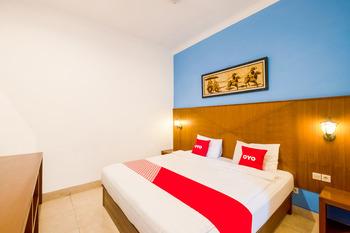 OYO 3787 Hotel Poncowinatan Yogyakarta - Suite Double Last Minute Deal