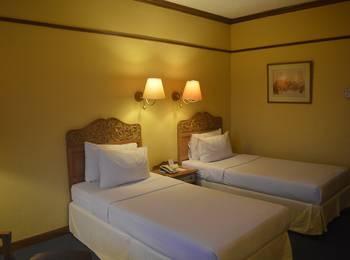 Hotel Mutiara Yogyakarta - Deluxe dengan Sarapan Regular Plan