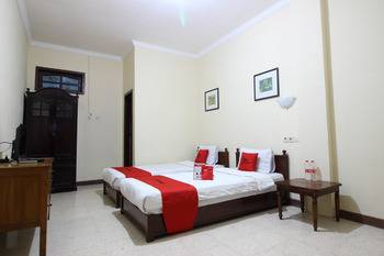 RedDoorz @ Mantrijeron 2 Yogyakarta - RedDoorz Twin Room Regular Plan