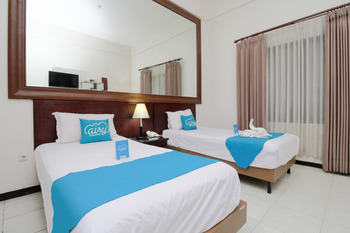 Airy Alun Alun Malang Aries Munandar 41 - Deluxe Twin Room with Breakfast Special Promo May 21