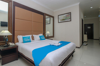 Airy Alun Alun Malang Aries Munandar 41 - Suite Double Room with Breakfast Regular Plan